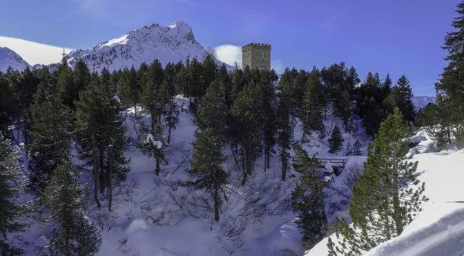 Oberengadin 2ǀ4: von Maloja zum Torre Belvedere hinunter bis Casaccia